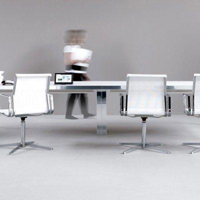 Finest scrivania ufficio with scrivania ufficio design for Portapenne ufficio design