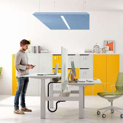 scrivania regolabile per ufficio