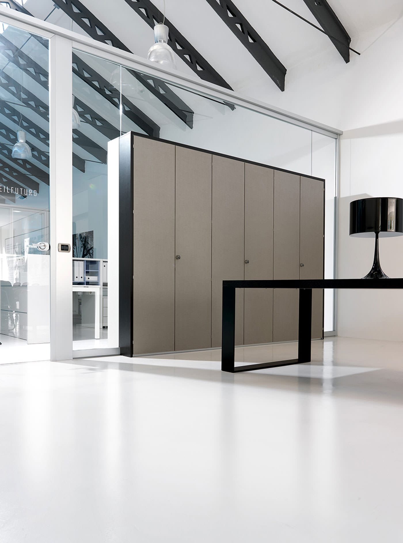 Parete attrezzata per ufficio infinity parete per ufficio for Pareti ufficio
