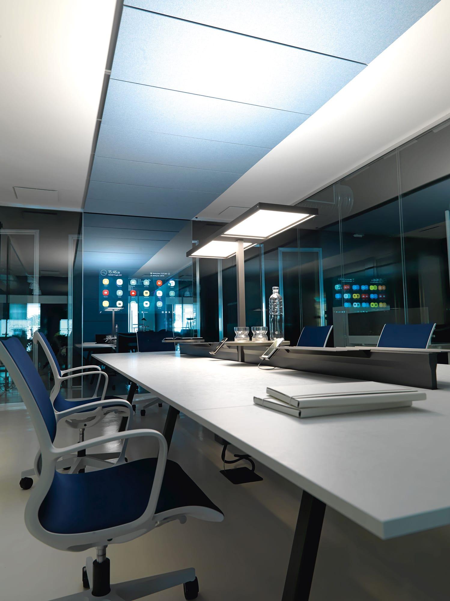Meeting room arredo ufficio ivm office mobili ufficio for Arredo ufficio