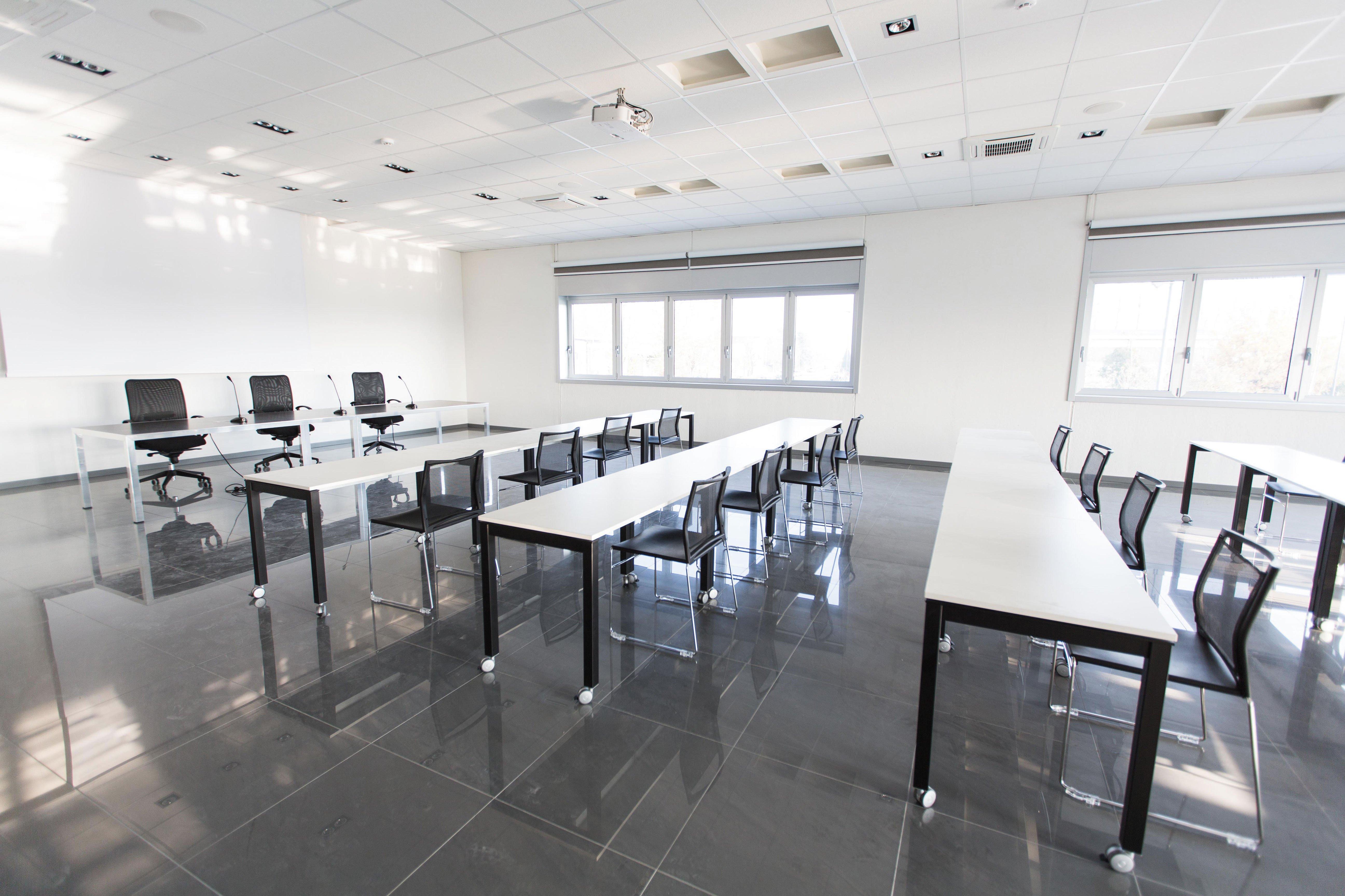 Design Di Mobili Per Ufficio : Mobili per uffici operativi kosmosystem arredamento per ufficio