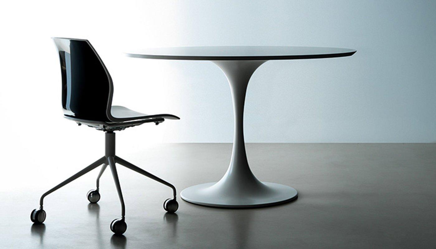 Tavolo per ufficio kono ivm office