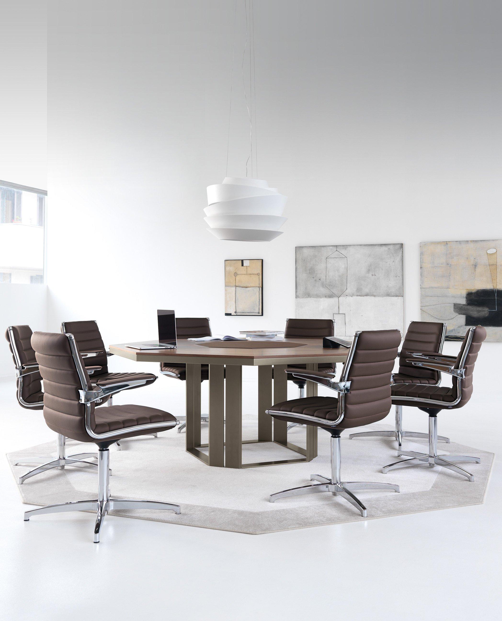 Tavoli riunione per ufficio arredamento per ufficio for Arredamento office
