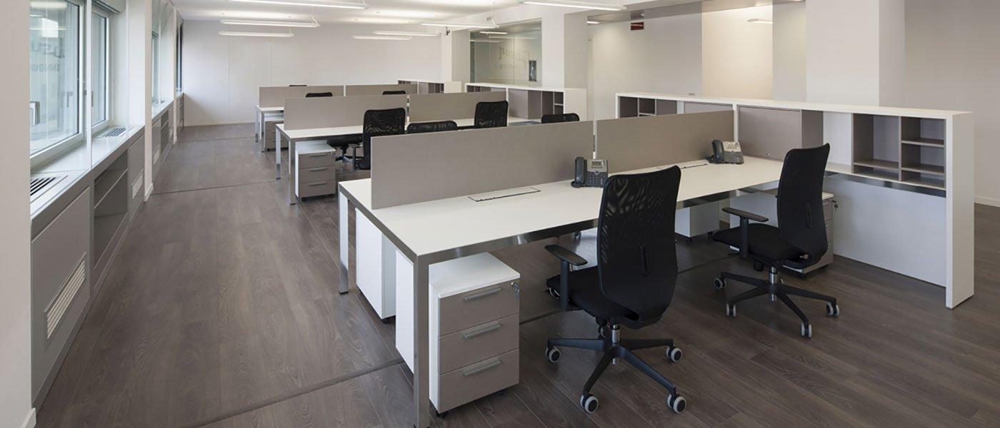 Arredo per ufficio operativo arredamento per ufficio for Arredamento ufficio design