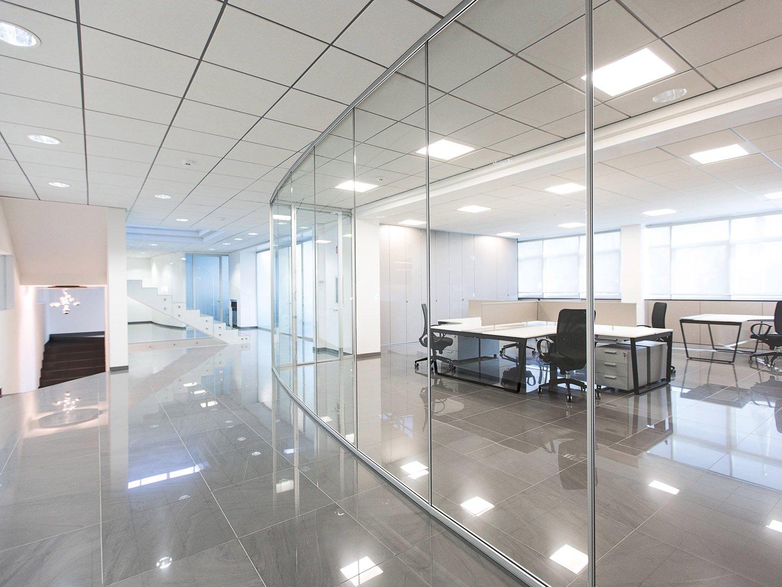 pareti in vetro per ufficio