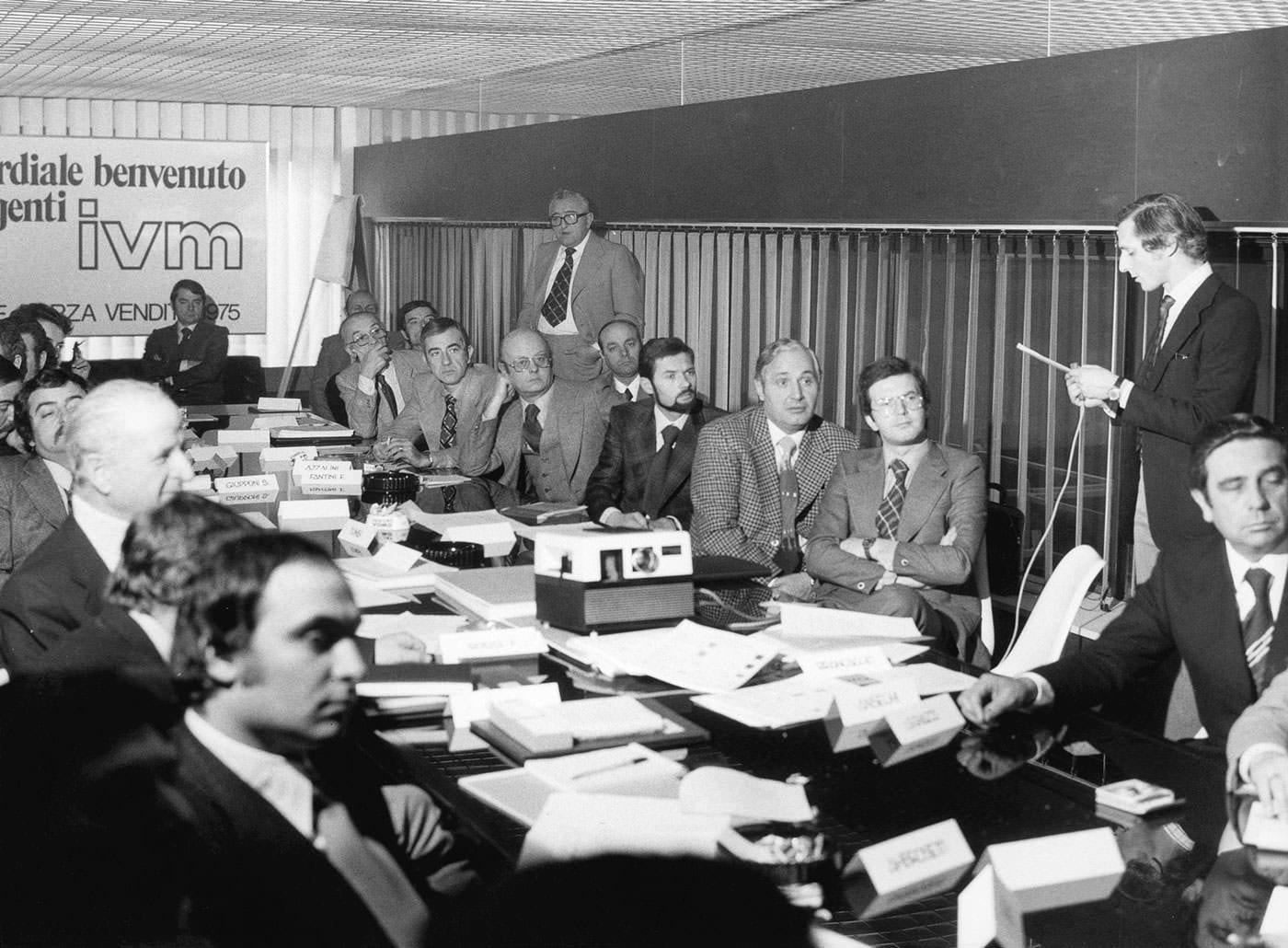 Arredamento Per Ufficio La Storia Di Ivm Office