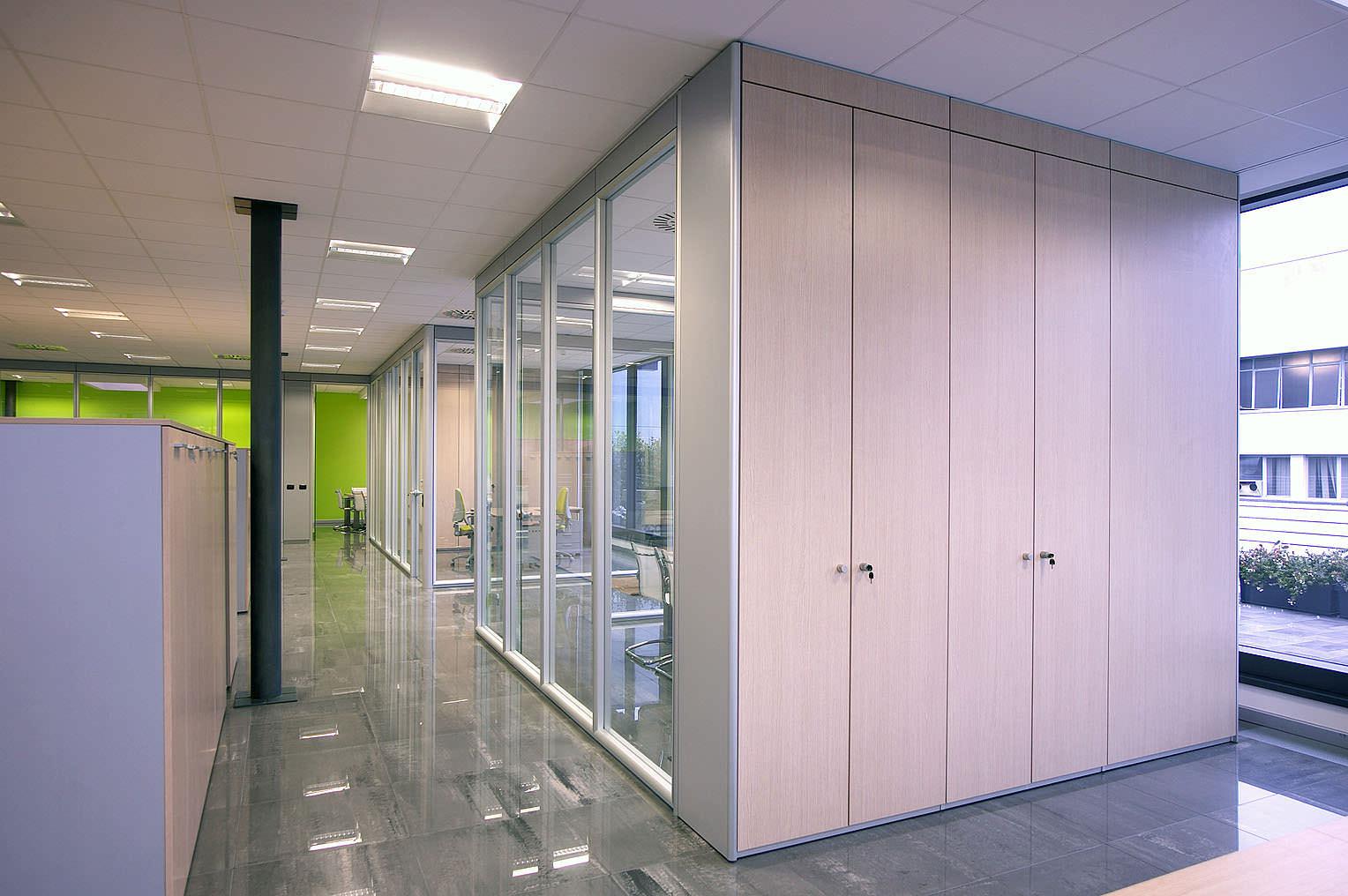 Formenti giovenzana mobili per ufficio ivm office for Erreci arredamenti