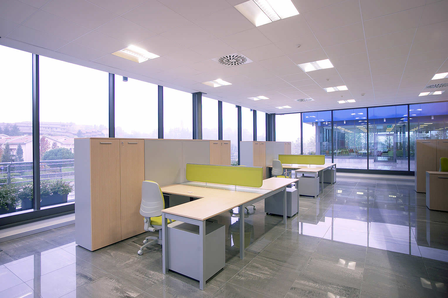 Formenti giovenzana office furniture ivm office for Erreci arredamenti