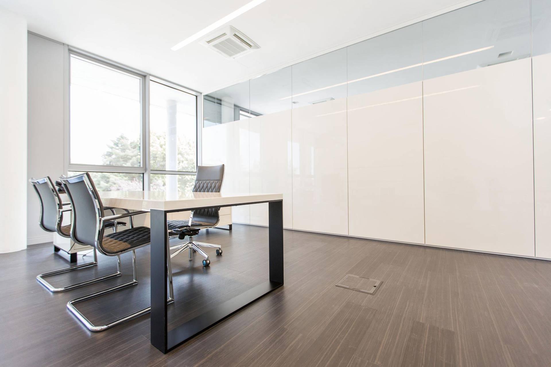 Bruno presezzi spa mobilier de bureau bureau ivm for Erreci arredamenti