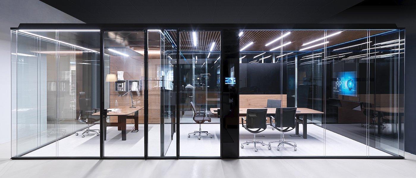 showroom-1400x600